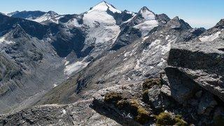 Tessin: deux alpinistes perdent la vie en escaladant le Piz Adula