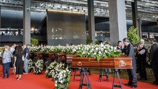 Pont effondré à Gênes: un adieu sobre et solennel aux victimes