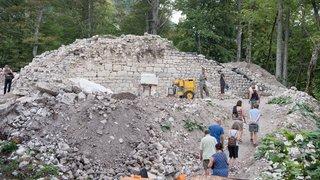 Le château de Rochefort ressort de terre