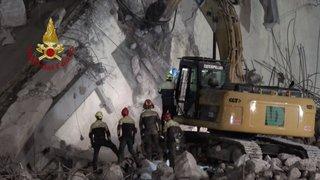 Pont effondré à Gênes: le bilan s'alourdit à 41 morts