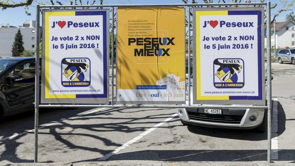 Au printemps 2016, les affiches fleurissait. Les deux comités, pour et contre, avaient déjà reçu chacun 5000 francs.