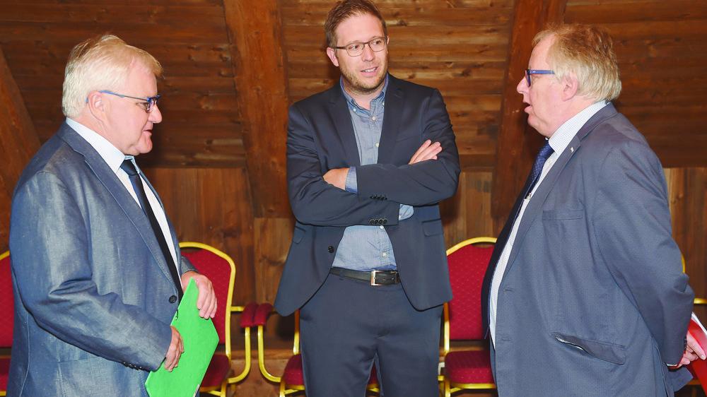 Marcel Winistoerfer, Patrick Tanner et Roland Matti (de gauche à droite) regrettent d'avoir été mis devant le fait accompli.