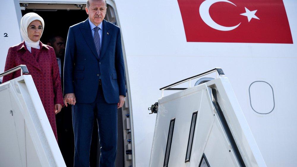 Avec son épouse, Emine, Recep Tayyip Erdogan est arrivé en Allemagne pour une visite de trois jours.