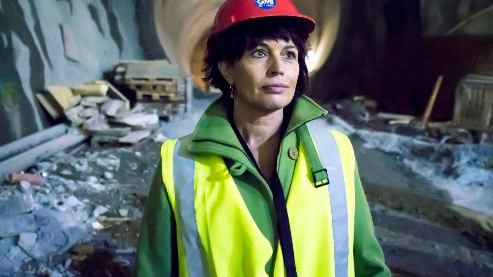 Doris Leuthard (ici sur le chantier de la centrale de pompage-turbinage de Nant de Drance, en Valais) s'est épanouie après son passage au Département de l'environnement, des transports, de l'énergie et de la communication, qu'elle a intégré à la fin de l'année 2010.