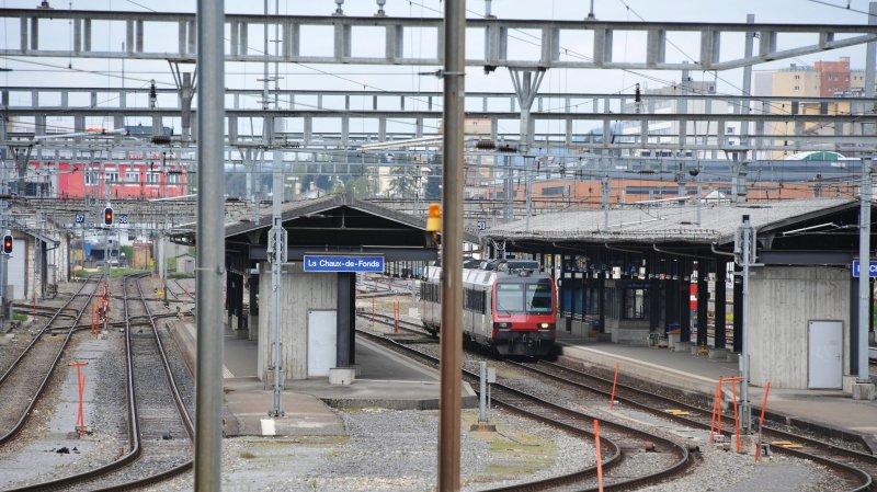 La gare de La Chaux-de-Fonds a été fermée samedi soir.