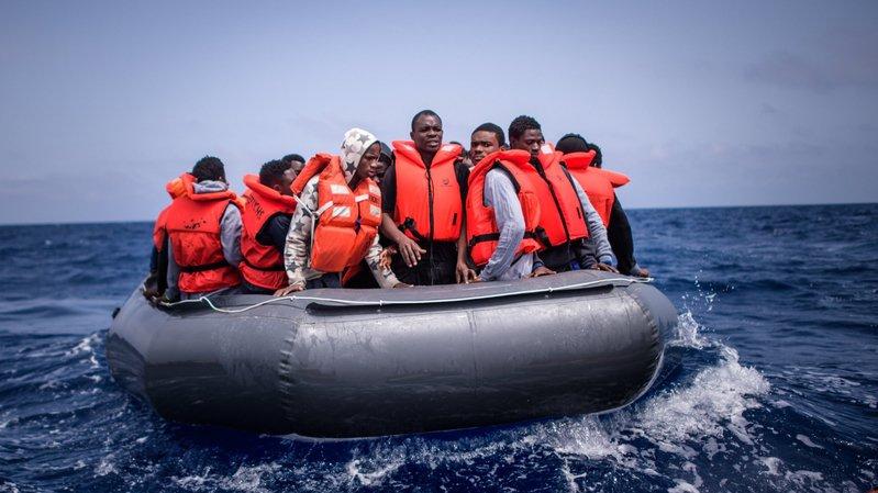 """Au 21e siècle, des millions d'Africains et d'Asiatiques cherchent refuge en Europe"""", relève Rémy Cosandey."""