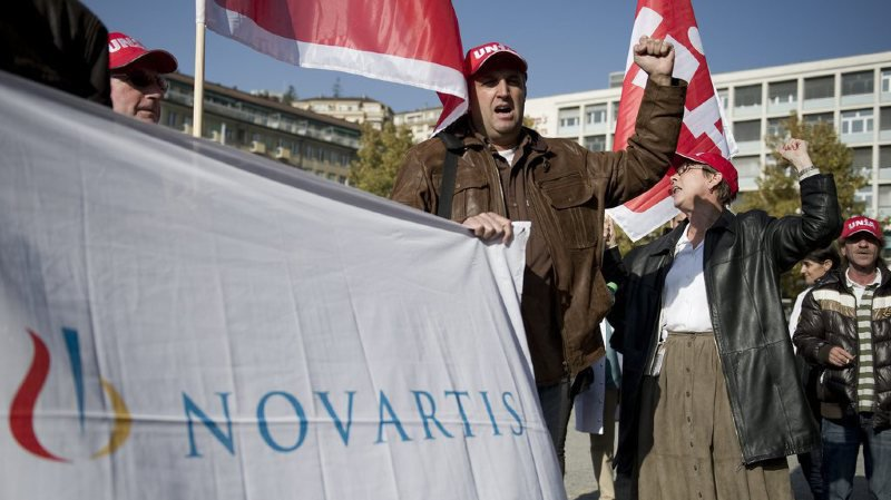 Le syndicat Unia exige que Novartis mette immédiatement un terme à sa stratégie de démantèlement de ses sites suisses.