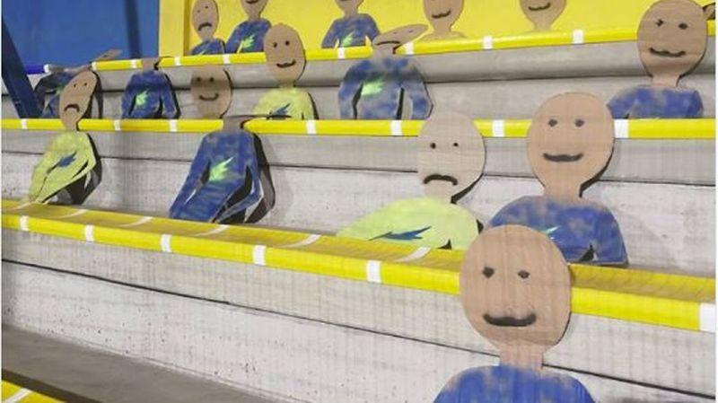 Football: les supporters ne font pas le déplacement, un club les remplace par des cartons