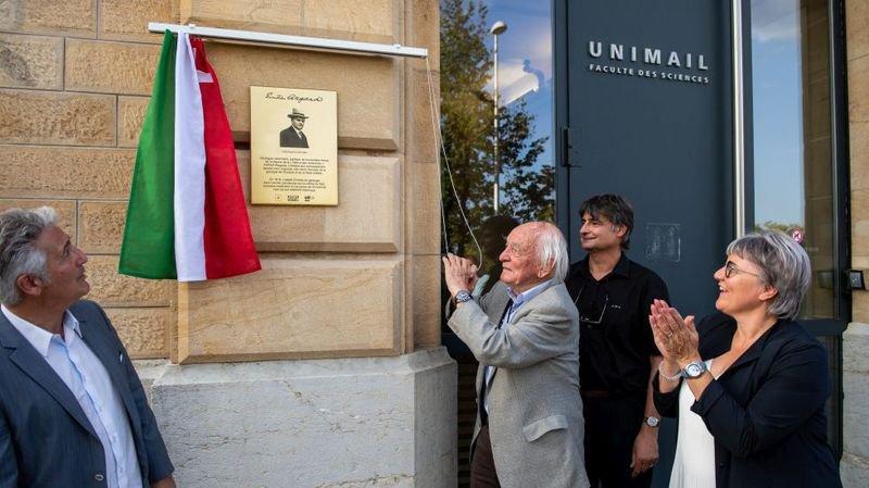 Agassiz perturbe le cérémonial à l'Université de Neuchâtel