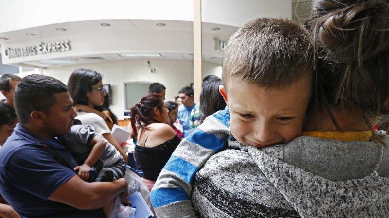 Selon les organisations de soutien aux immigrés, plus de 1000 parents pourraient avoir l'opportunité de soumettre une nouvelle demande d'asile.