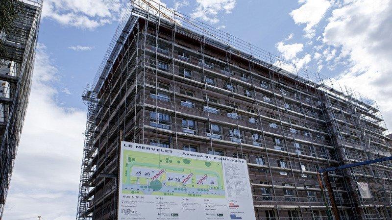 Alors que de plus en plus de logements sont inoccupés en Suisse, les promotions immobilières continuent de pousser comme des champignons (illustration).