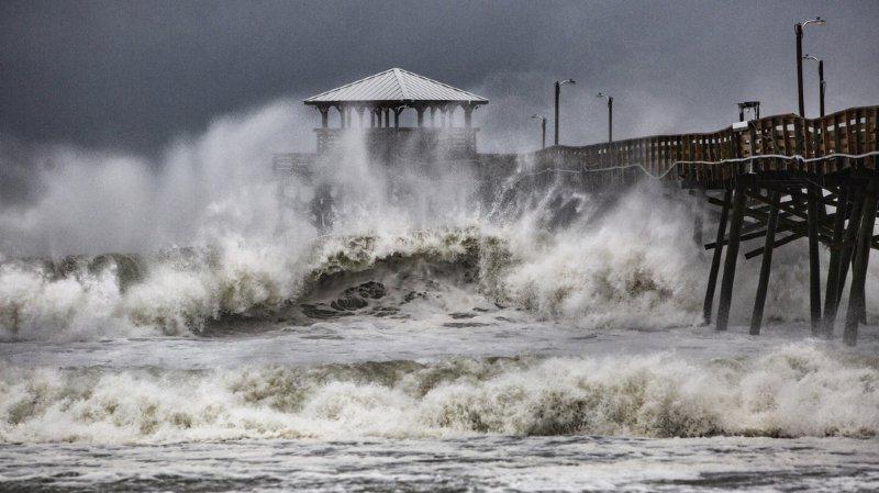Etats-Unis: l'œil de l'ouragan Florence a atteint les côtes, les premières images de l'impact