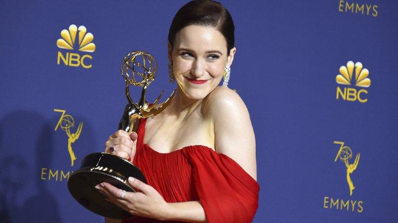 """70e Emmy Awards: """"Mme Maisel"""" grande gagnante des Emmy Awards, """"Game of Thrones"""" sauve l'honneur"""