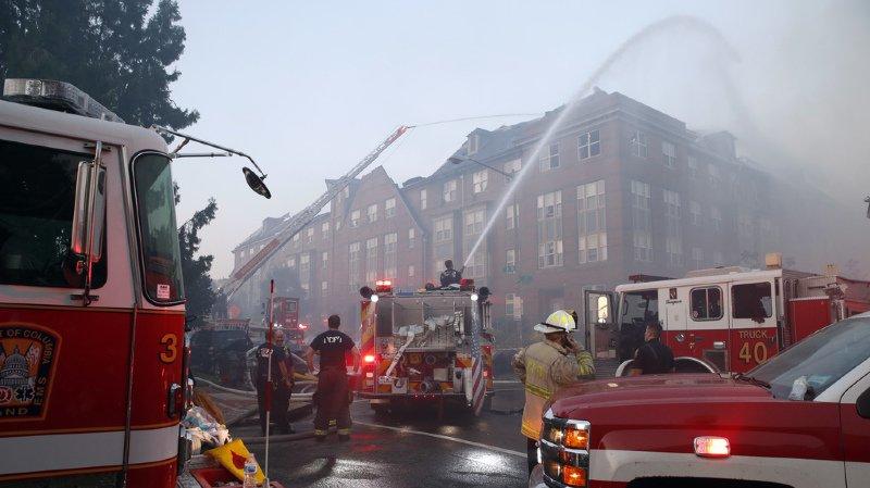 Etats-Unis: un homme retrouvé vivant 5 jours après l'incendie de son EMS