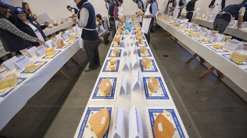 Outre le vainqueur, 27 autres fromages ont été distingués, ont annoncé les organisateurs.