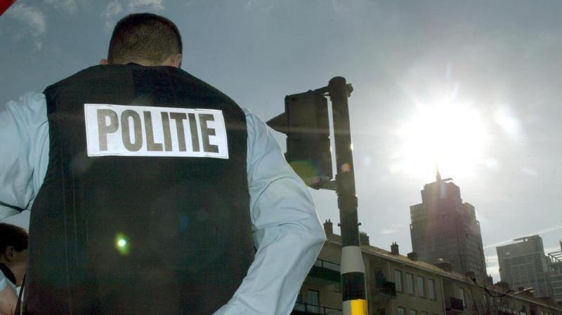 """La police néerlandaise a arrêté sept hommes soupçonnés de vouloir perpétrer un """"attentat terroriste majeur"""". (illustration)"""