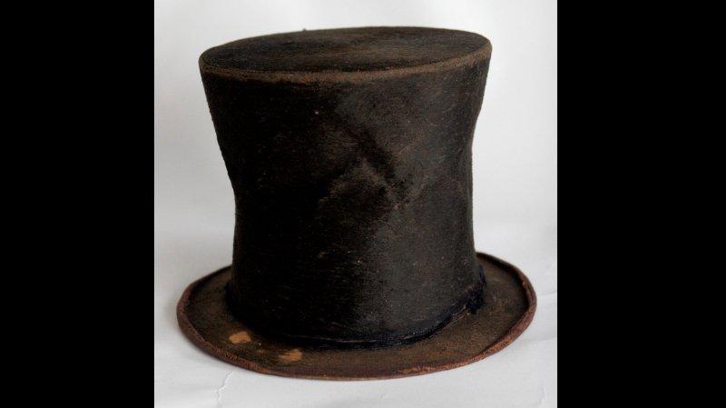 Ce chapeau est actuellement estimé à 6,5 millions de dollars.