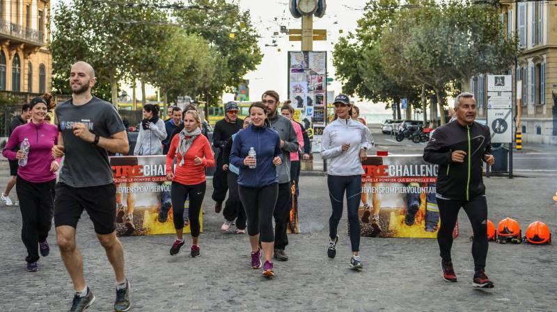 Maxime Franchi (à droite) et les participants de la première édition du Fire Challenge s'élancent pour 40 minutes d'effort.