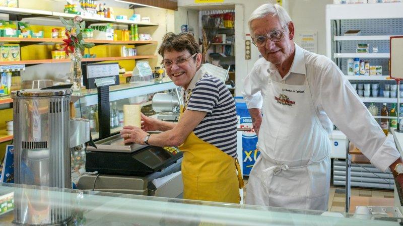 Dominique et Bernard Greber partent à la retraite après avoir tenu durant 20 ans la Laiterie d'Auvernier.