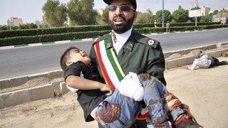 Attentat contre un défilé en Iran: plusieurs morts
