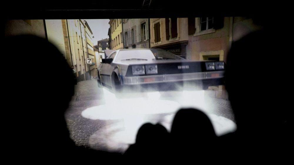 Une DeLorean a décollé de la rue des Chavannes ce samedi soir au temple du Bas.