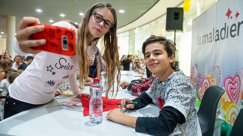 Nathan et les Kids United accueillis comme des stars à Neuchâtel