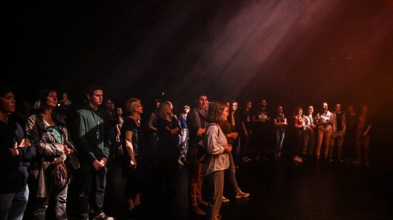 Le théâtre des Abeilles bourdonne avec Festi'BEE à La Chaux-de-Fonds