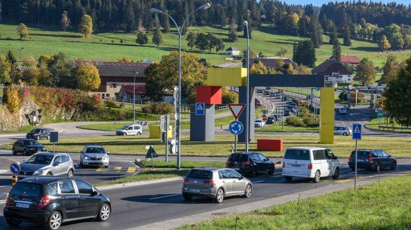 La Chaux-de-Fonds: les travaux sur la place de l'Hôtel-de-Ville engendrent d'importants bouchons