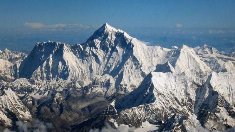 Népal: au moins 9 personnes meurent dans une tempête de neige au mont Gurja, dans l'Himalaya