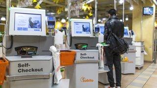 Le personnel de la vente souffre de la numérisation des caisses de supermarchés