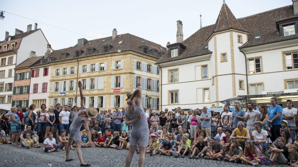 La 30e édition du Buskers festival sera composée majoritairement d'artistes s'étant déjà produit à Neuchâtel. Le public peut voter pour ses favoris, comme ici les Frères Forsini, ici en 2015.