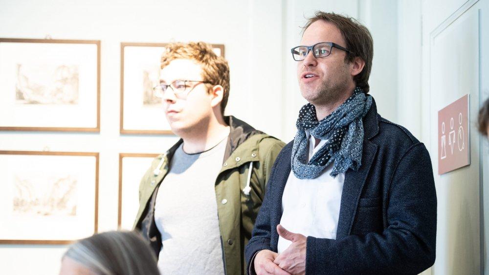 Raphael Gasser lors de la présentation du numéro de la Nouvelle revue neuchâteloise sur l'histoire de l'horlogerie au Val-de-Travers, en avril dernier.