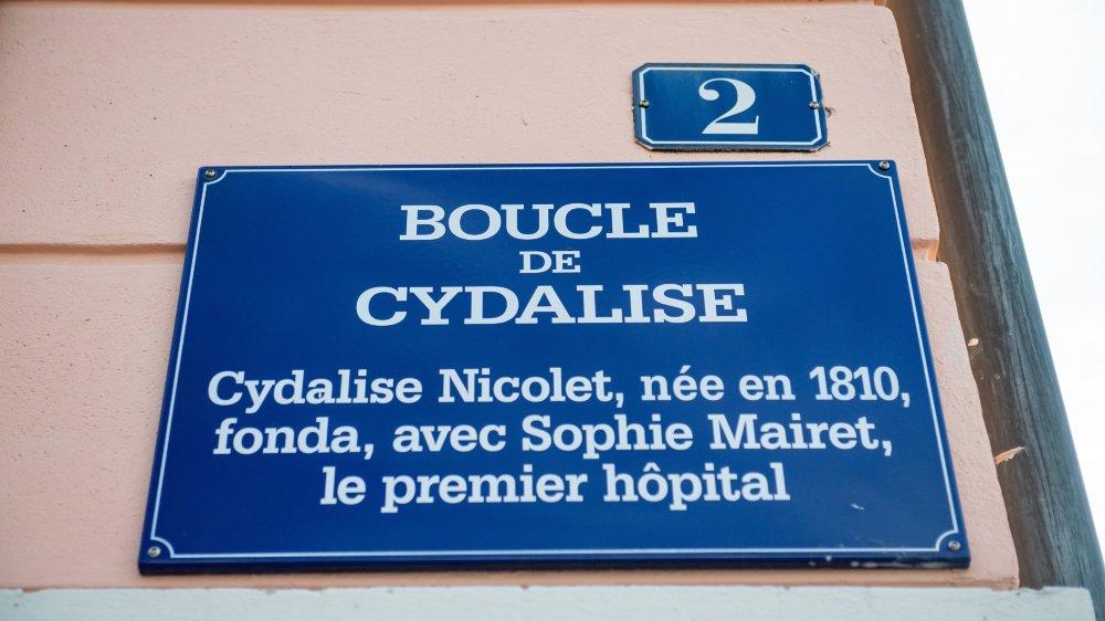 La boucle de Cydalise, un nom de rue à La Chaux-de-Fonds qui veut honorer une des initiatrices de l'hôpital. Mais sans citer son nom de famille.