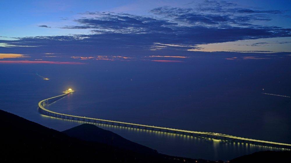 Un pont pour arrimer Hongkong à la Chine