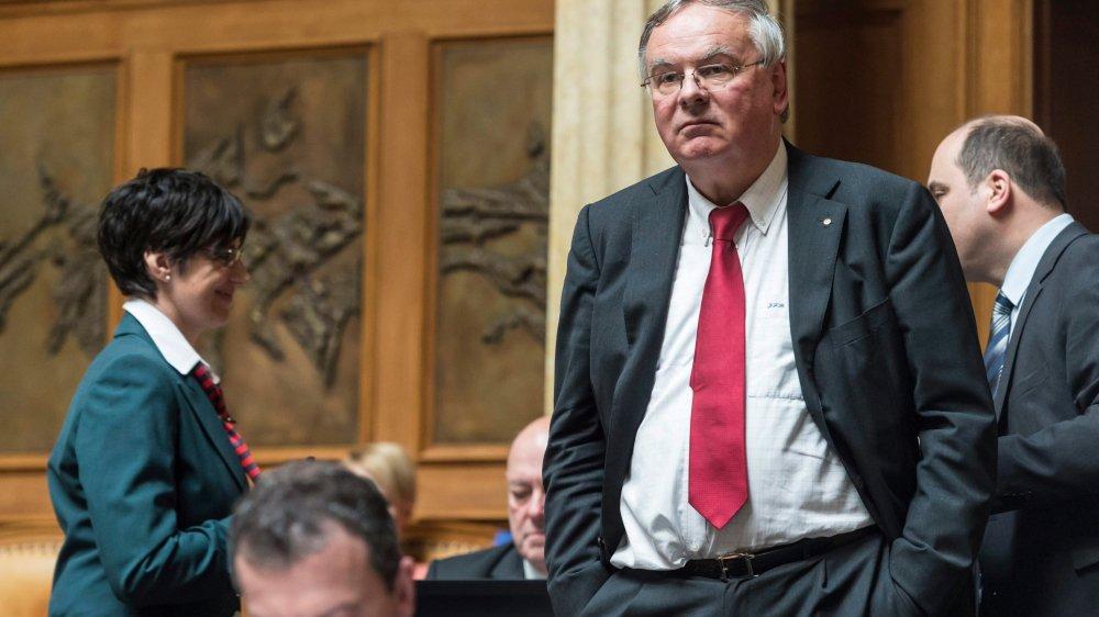 Dans les débats publics, l'UDC Jean-François Rime s'exprimera en faveur de l'initiative sur les juges étrangers,  à contre-courant de l'Usam, dont il est le président.