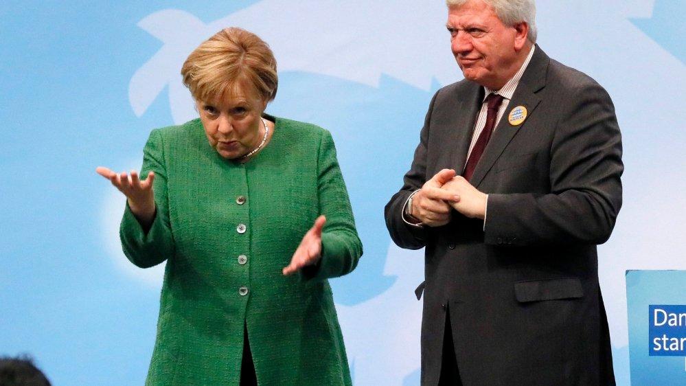 Venue soutenir le leader régional de la CDU, Volker Bouffier, Angela Merkel sait que son propre sort est, en partie, lié aux élections de demain en Hesse.