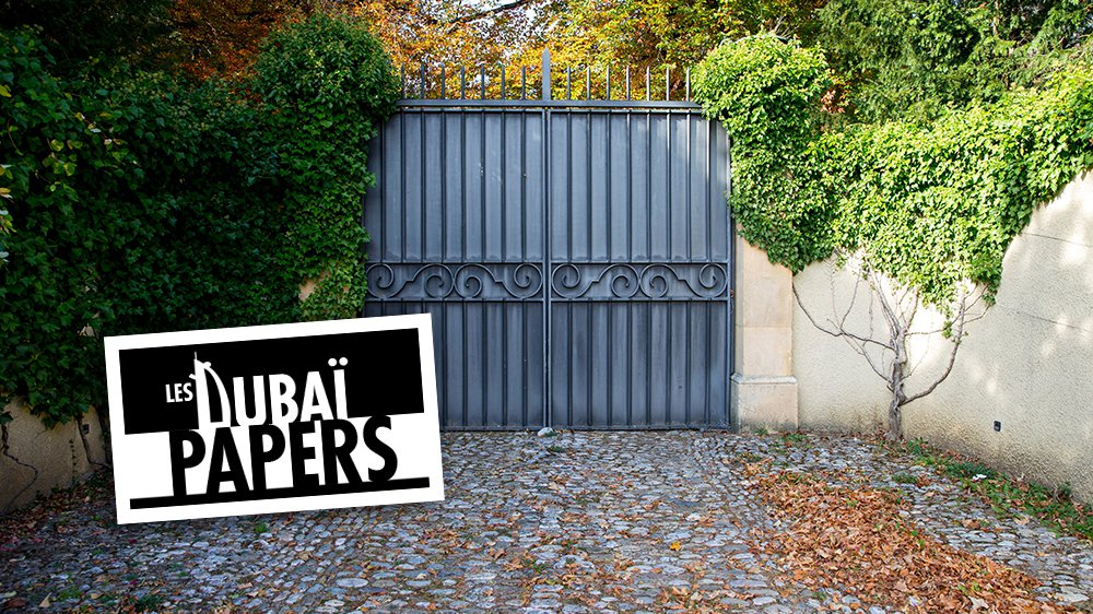 Le portail de la maison du couple de Croÿ à Couvet. La propriété est bien protégée des regards curieux.