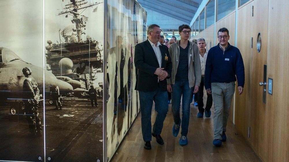 Pascal Ricci, directeur de production chez Breitling Chronométrie (à gauche) en compagnie de Colin Chalmagne et de son père Emmanuel.