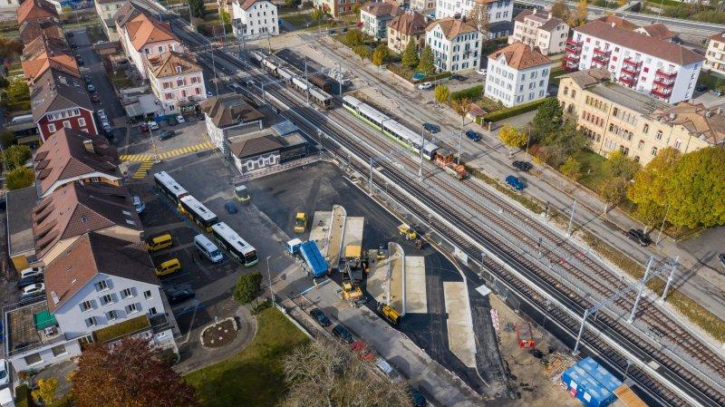 Les abords de la gare de Fleurier accueillent déjà les travaux de la gare routière de TransN.