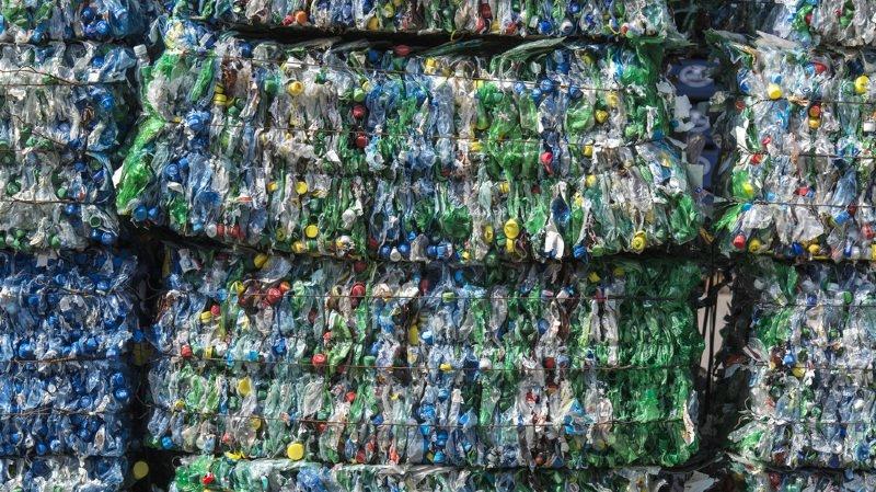 Pollution: des microplastiques découverts dans des excréments humains