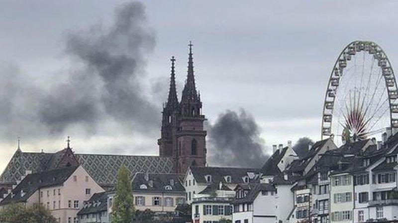 Bâle: 150 personnes évacuées d'un immeuble de bureaux suite à un incendie