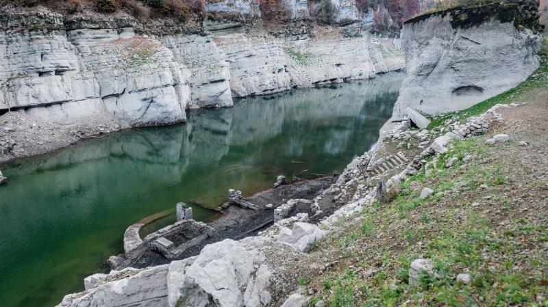 Le Doubs à sec nous montre ses ruines