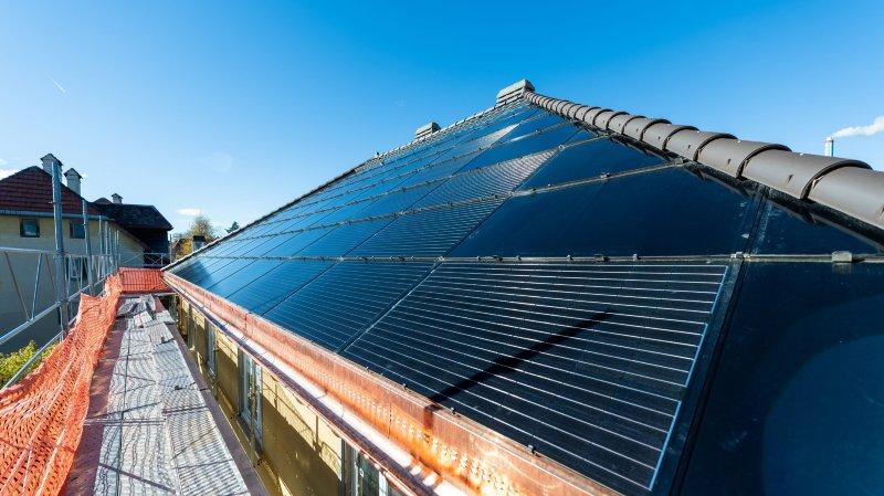 Une centrale photovoltaïque de 210 m2 sur trois immeubles de La Chaux-de-Fonds