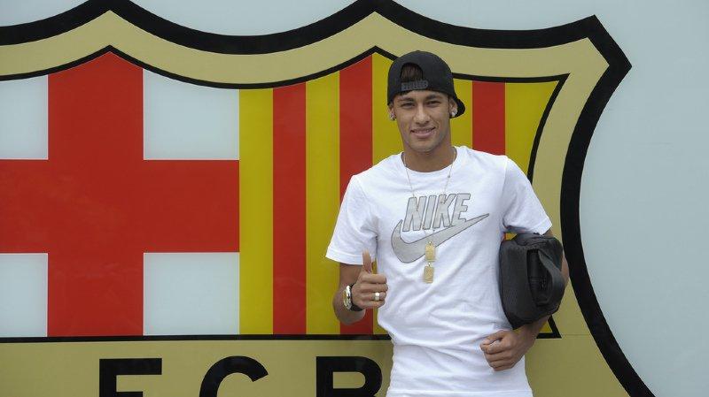 Football: Neymar, la star du PSG, risque jusqu'à 6 ans de prison pour corruption lors de son transfert à Barcelone