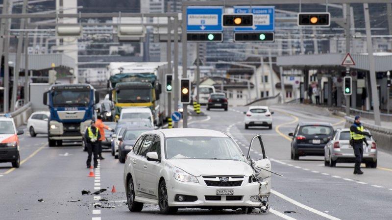 En Suisse, la plupart des graves accidents de la circulation est liée à un manque d'attention au volant.