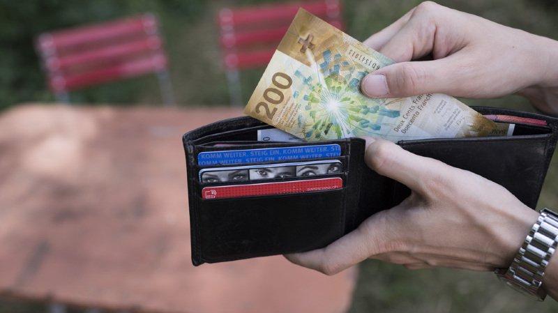 Loyers, primes maladie, impôts: les hausses des salaires grignotées par le renchérissement