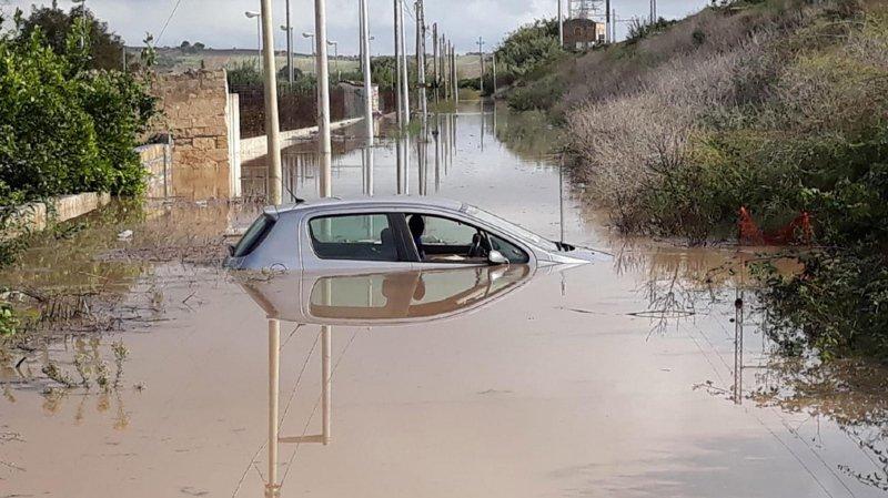 Italie: des inondations en Sicile tuent 12 personnes, dont 9 d'une même famille