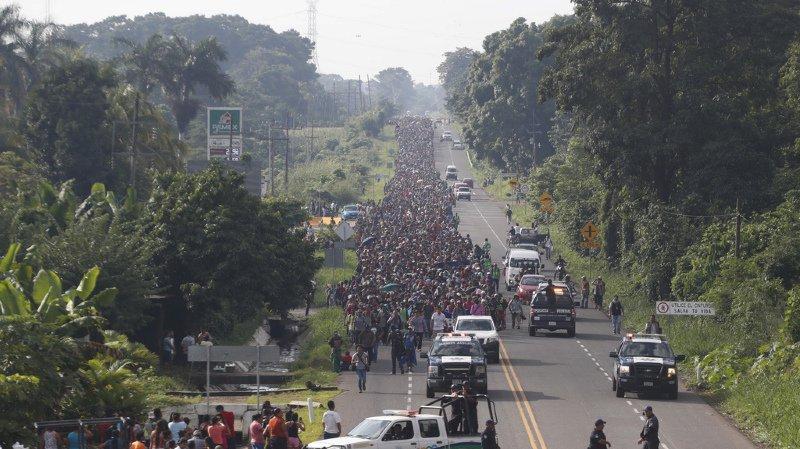 Le président du Honduras a promis des emplois à ses compatriotes partis dans la caravane s'ils rentrent au pays.