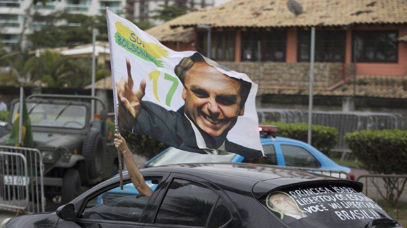 Le candidat d'extrême droite a largement remporté l'élection présidentielle au Brésil ce dimanche.