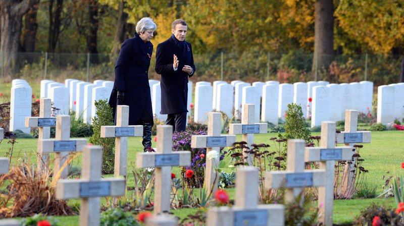 Première Guerre mondiale: hommage de Macron et de Theresa May aux morts de la bataille de la Somme